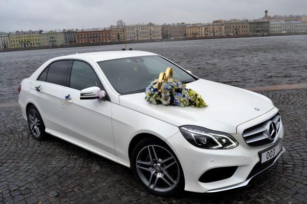Mercedez-Benz E